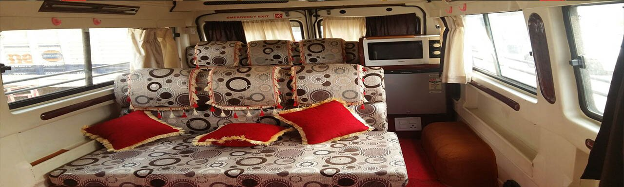 Hire Tempo Traveller For Agra